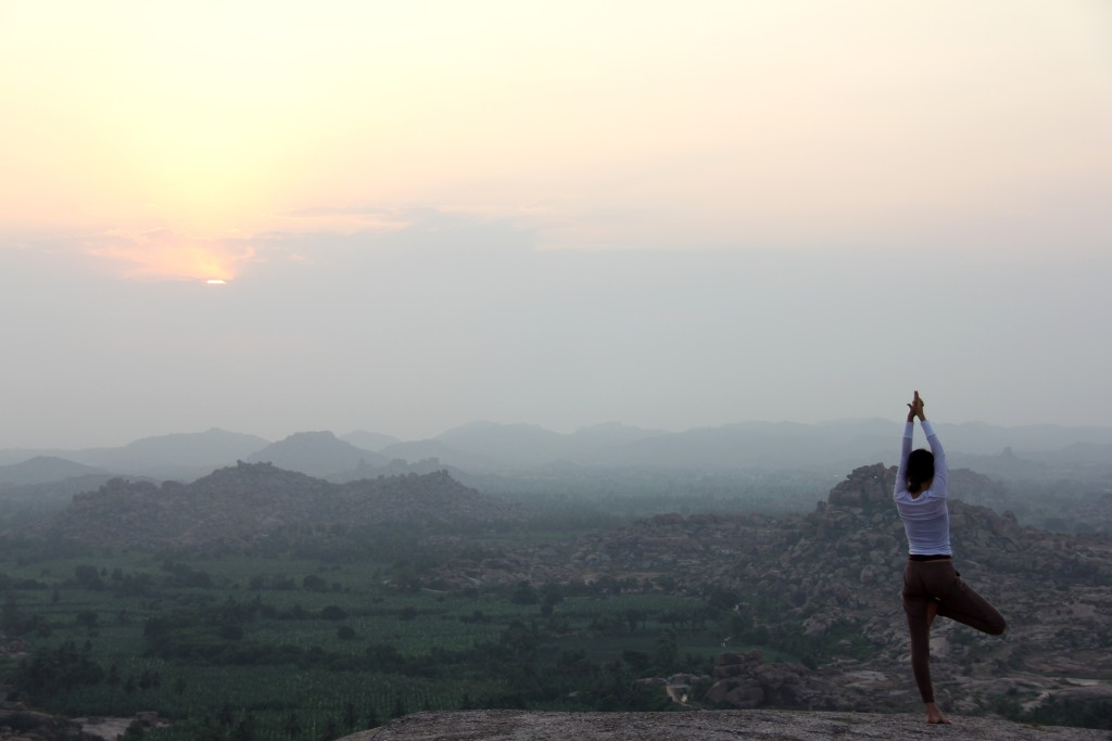 Mister_Trip_PR_Sunrise-in-Hampi_India