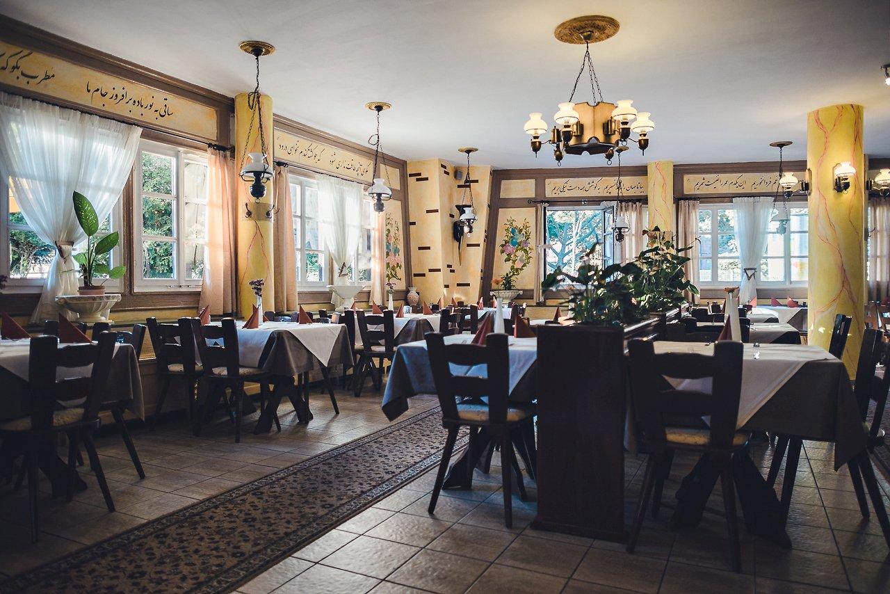 Restaurant Bustan innen